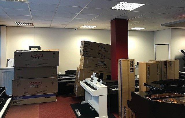 Vandaag de levering van de Yamaha Pianos en digitale piano's afgerond voor Kunstkwartier Helmond - Nuenen - Geldrop